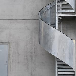 Spiraltrappor design – Plåtbeklätt specialräcke. (ag00003187.jpg)
